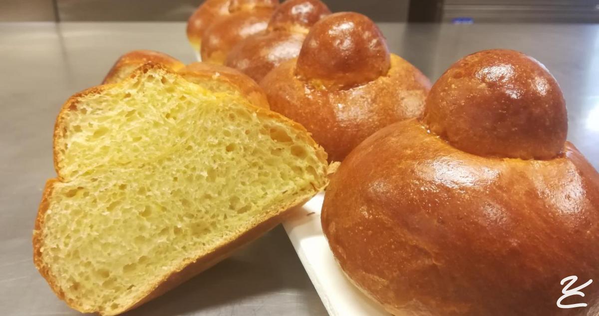 la ricetta della brioche col tuppo siciliana